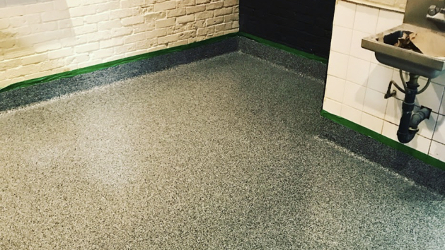 epoxy floor coating full flakes - commercial 7